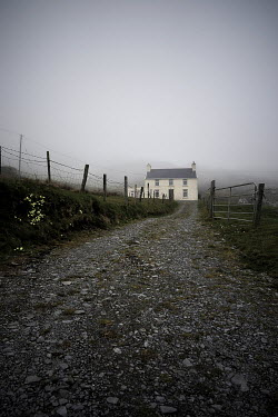 Sally Mundy COTTAGE IN FOG WITH TRACK Houses