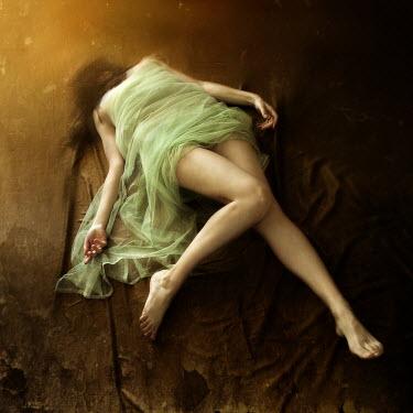 Agnieszka Kielak WOMAN LYING WRAPPED IN SILK Women