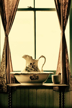 Elisabeth Ansley JUG AND BOWL BY WINDOW Miscellaneous Objects