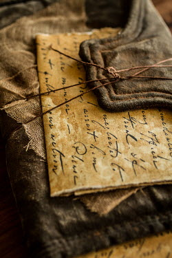 Elisabeth Ansley OLD LETTER WRAPPED IN WALLET Miscellaneous Objects