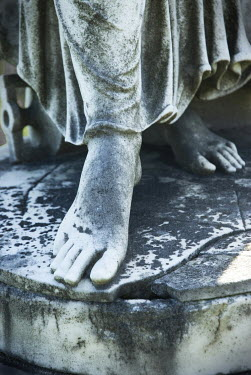 Joan Barrett FEET OF STONE STATUE Statuary/Gravestones