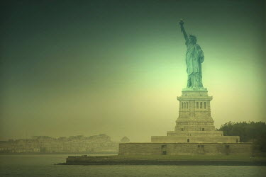 ILINA SIMEONOVA STATUE OF LIBERTY Specific Cities/Towns