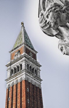 Mashael Hamad AlShuwayer TOWER IN VENICE WITH STATUE Specific Cities/Towns