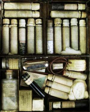 Nina Pak HISTORICAL MEDICINE BOX WITH BOTTLES Miscellaneous Objects