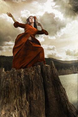 Nina Pak THEATRICAL WOMAN ON SEA CLIFF Women
