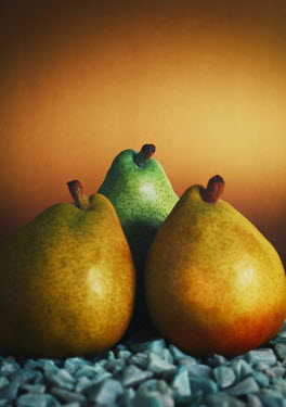 Mashael Hamad AlShuwayer RIPE YELLOW AND GREEN PEARS Miscellaneous Objects
