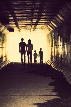 Elisabeth Ansley PARENTS AND CHILDREN IN TUNNEL Groups/Crowds
