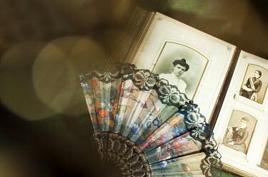 Agnieszka Kielak OLD PHOTOGRAPHS WITH LACE FAN Miscellaneous Objects