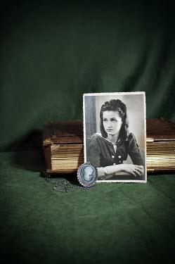 Agnieszka Kielak PHOTOGRAPH WITH CAMEO AND BOOK Miscellaneous Objects