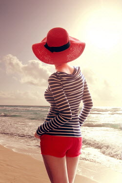 ILINA SIMEONOVA WOMAN IN HAT ON BEACH Women