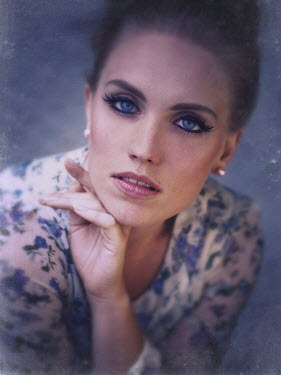 Malgorzata Maj WOMAN WITH BLUE EYES AND MAKEUP Women