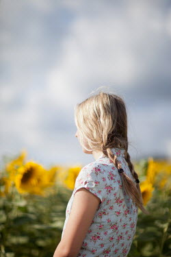 Sarah Ketelaars BLONDE GIRL IN FIELD OF SUNFLOWERS Women