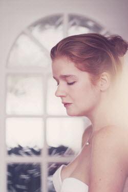 Karin Lips PROFILE OF JILTED BRIDE Women