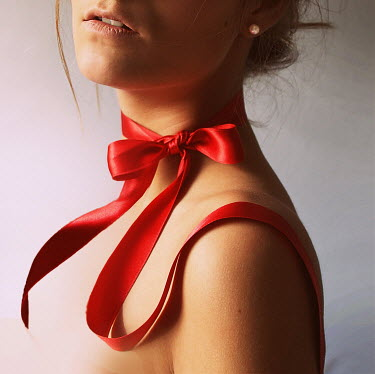Mariesol Fumy WOMAN WITH RED SILK RIBBON Women