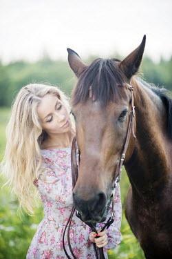 Stanislav Solntsev WOMAN WITH HORSE Women