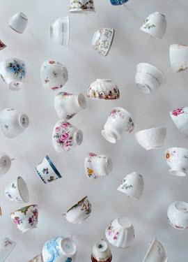 Jill Battaglia CERAMIC BOWLS AND TEACUPS Miscellaneous Objects