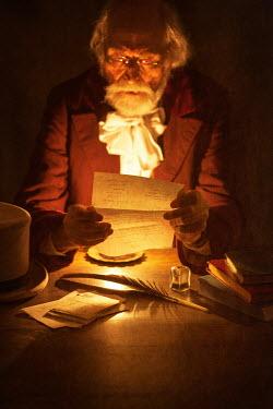 Lee Avison OLD VICTORIAN MAN READING LETTER Old People