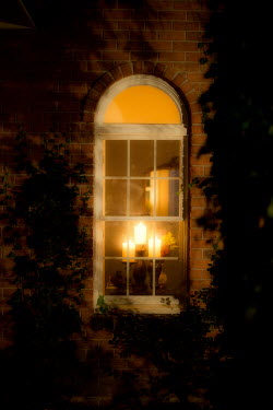 Laura Blost THREE CANDLES IN A WINDOW Houses