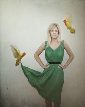 Vanesa Munoz WOMAN WITH TWO PARROTS Women