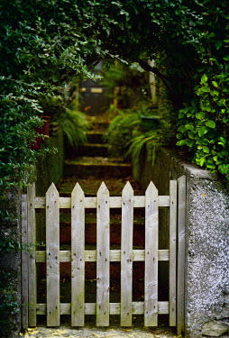 Sally Mundy GARDEN GATE Gates