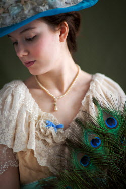 Lee Avison HISTORICAL GIRL WITH HAT AND PEACOCK FEATHERS Women