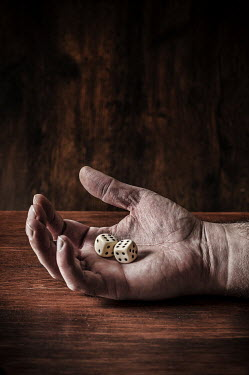 Mohamad Itani ELDERLY MALE HAND WITH DICE Body Detail