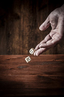 Mohamad Itani MALE HAND THROWING PAIR OF DICE Body Detail