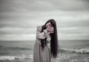 Ebru Sidar WOMAN BY SEA LISTENING TO SHELL Women
