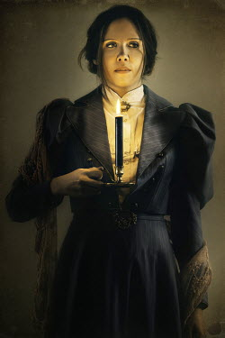 David Pairé HISTORICAL YOUNG WOMAN WITH CANDLE Women