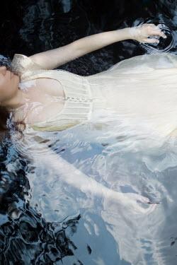 Susan Fox YOUNG WOMAN SUBMERGED IN WATER Women