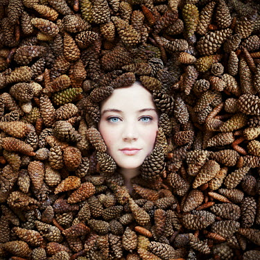 Vanessa Paxton WOMAN'S FACE WITH PINE CONES Women