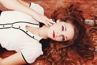 Rachel Nichole YOUNG WOMAN LYING DOWN Women