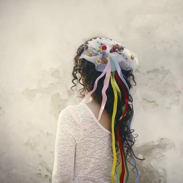 Aria Baro BRUNETTE WOMAN WITH RIBBONS IN HAIR Women