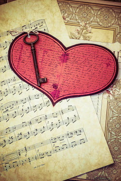 Elly De Vries KEY, HEART AND SHEET MUSIC Miscellaneous Objects