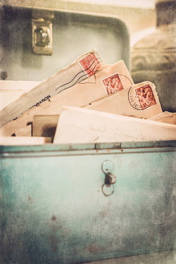 Elly De Vries OLD LETTERS IN BOX Miscellaneous Objects