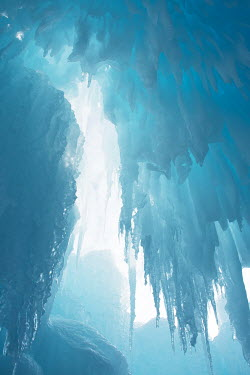 Elisabeth Ansley ICICLES IN ICE CAVE Snow/ Ice