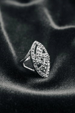 Mohamad Itani SILVER AND DIAMOND RING Miscellaneous Objects