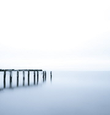 Vincent MacNamara POSTS IN CALM SEA Seascapes/Beaches