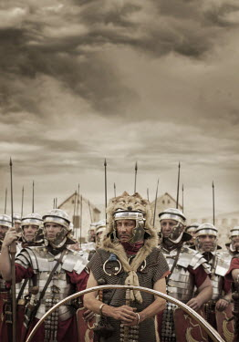 Stephen Mulcahey IMPERIAL ROMAN ARMY Groups/Crowds