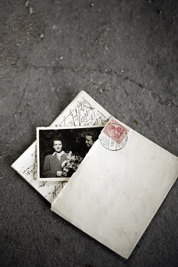 Joanna Jankowska OLD LETTER AND PHOTOGRAPH Miscellaneous Objects