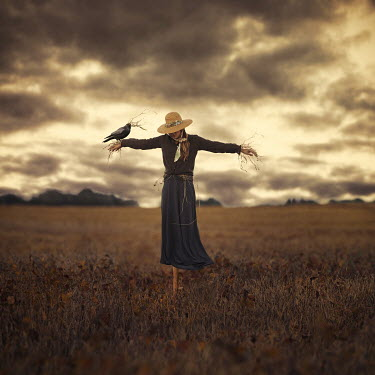 Lauren Alexandra Miller SURREAL WOMAN DRESSED AS SCARECROW Women