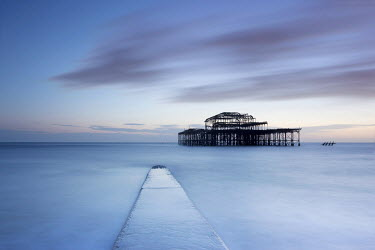Tony Worobiec PIER AND SEASCAPE AT DUSK Miscellaneous Buildings