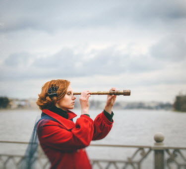 Dasha Pears WOMAN WITH TELESCOPE LOOKING AT LAKE Women