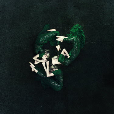 Kylli Sparre THREE WOMAN GYMNASTS IN GREEN Groups/Crowds