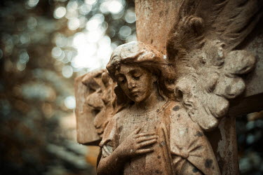 Christophe Dessaigne STATUE OF ANGEL OUTDOORS IN COUNTRYSIDE Statuary/Gravestones