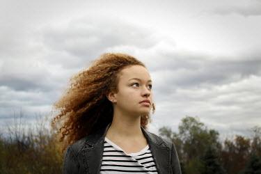 Stephen Carroll YOUNG GIRL OUTDOORS Women