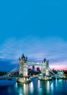 Tim Gartside TOWER BRIDGE AT NIGHT Miscellaneous Cities/Towns