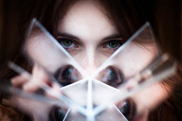 Jonas Hafner WOMANS EYES REFLECTED IN GLASS Women