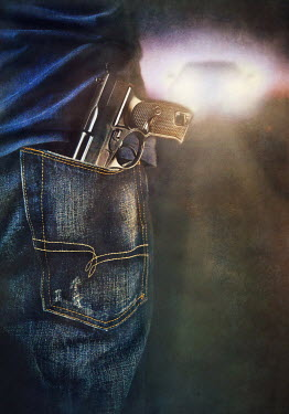 Lyn Randle PERSON WITH GUN IN POCKET OUTSIDE Men