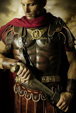 CollaborationJS ROMAN GENERAL WITH DAGGER Men